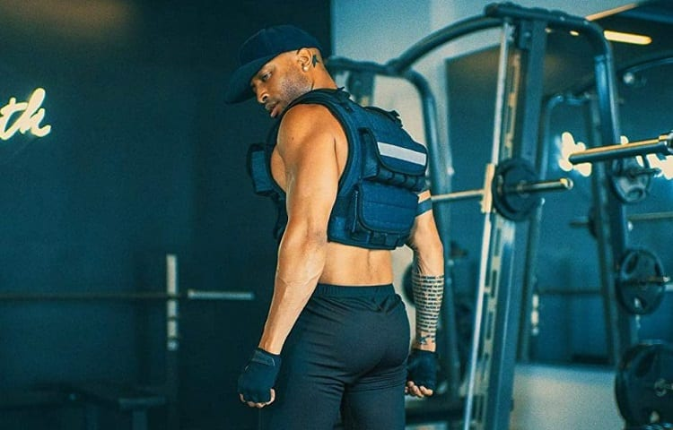 are weighted vest bad for spine