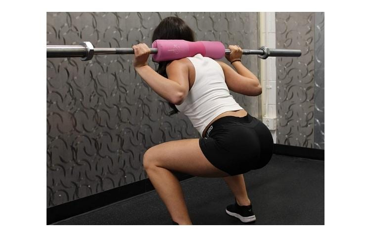 6 Best Barbell Pads for Hip Thrusts & Squats 7