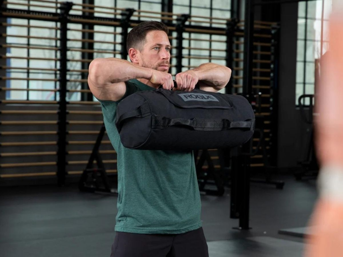 6 Best Sandbags for Home Workouts 3